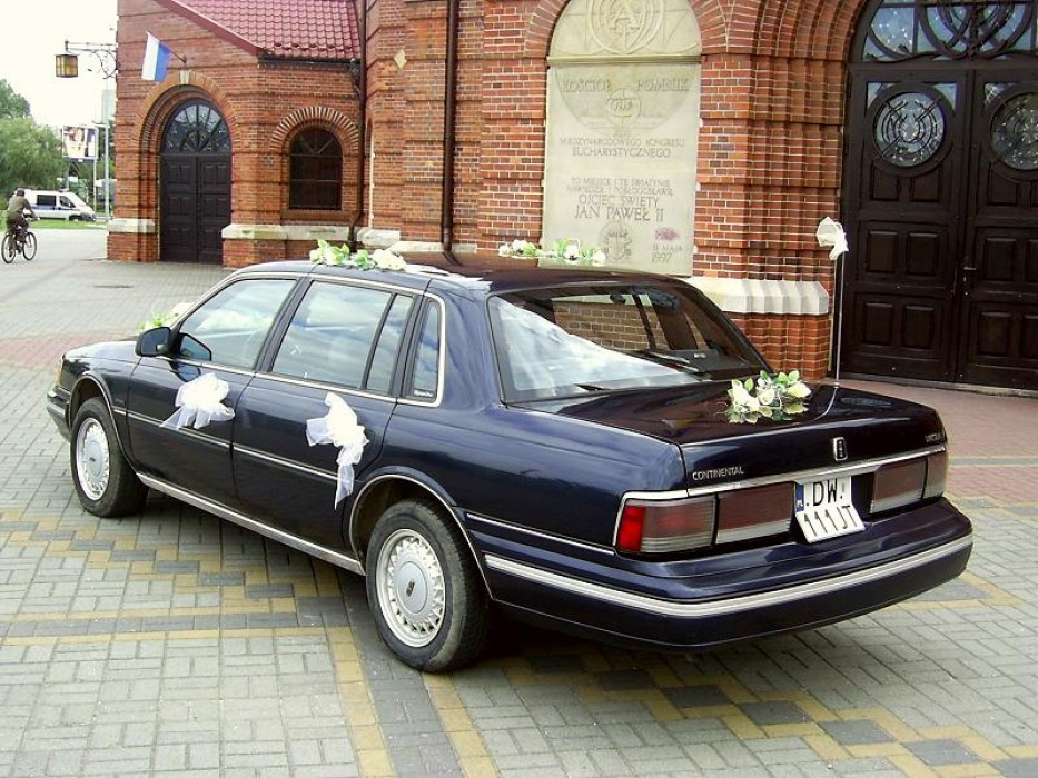 lincoln continental signature 39 89 styl klasa auto. Black Bedroom Furniture Sets. Home Design Ideas