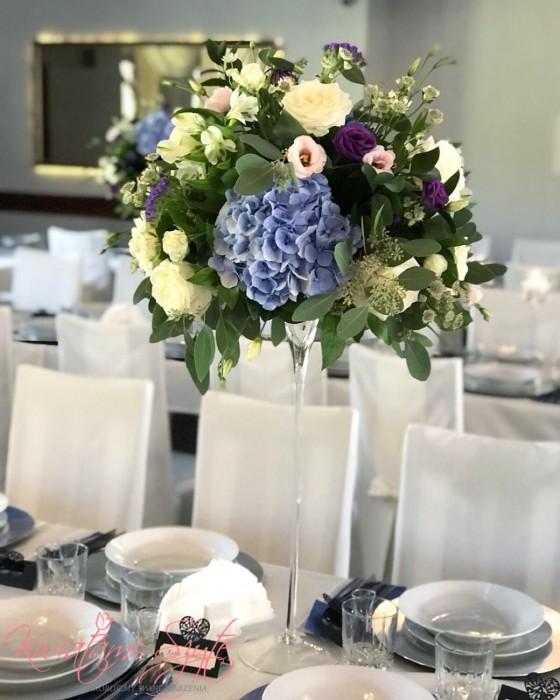 Kwiatami Szyte Dekoracje ślubne I Weselne Dekoracje
