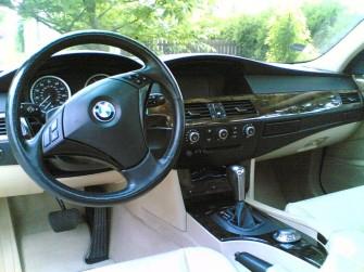 Wnętrze samochodu Żywiec