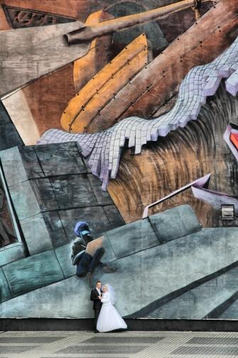 Z muralem Łódź