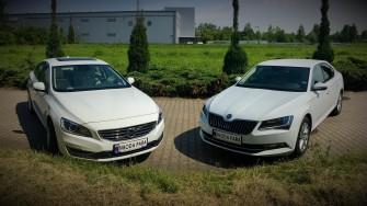 Volvo s60 (L) oraz Skoda Superb (P) Kraków