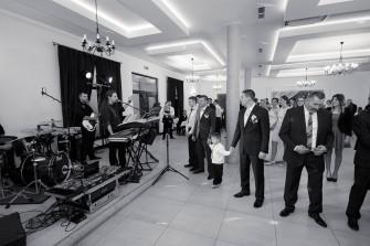 staramy się przed większością setów muzycznych zacząć miłą zabawą integrującą wszystkich gości  Grudziądz