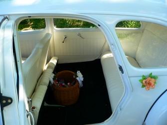 Biały Citroen Traction Avant - idealne auto na ślub Gliwice