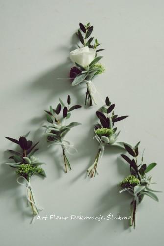 Kwiaty dla Pana Młodego i Drużbów  Toruń