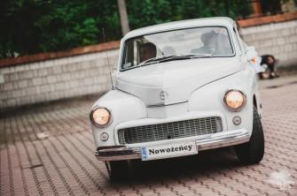 Zabytkowa biała Warszawa 223 na ślub i inne imprezy okolicznościowe Kraków