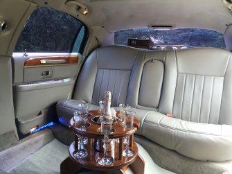 Limuzyna Lincoln Town Car 8 os.wnętrze Olkusz