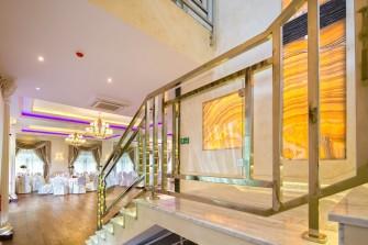 schody - podświetlane onyxy Kalwaria Zebrzydowska