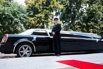 LImuzyna Chrysler 300c jedyna w takim kolorze Sławno