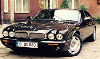 Samochód do wypożyczenia na wyjątkowe okazje, Jaguar XJR8. Katowice