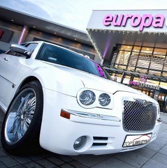 Chrysler 300C śnieznobiały i czarny na ślub i wesele Rybnik
