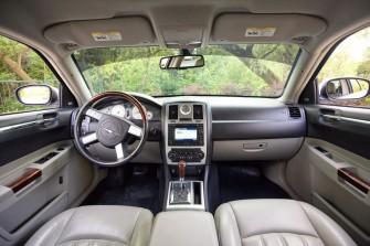 Chrysler 300c - wnętrze Bochnia