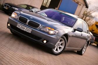 BMW 745  p�ock
