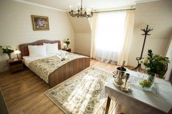 Dworek Wymysłów  apartament Kije
