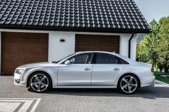 Audi S8 Grybów