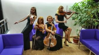 Kwartet smyczkowy Stay Tuned ��d�