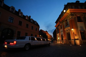 Piękna limuzyna LINCOLN TOWN CAR ROYAL!!! Wrocław