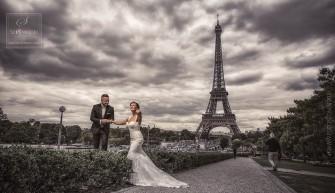 Paryż, to piękne miejsce na Romantycznąsesję ślubną. Wrocław