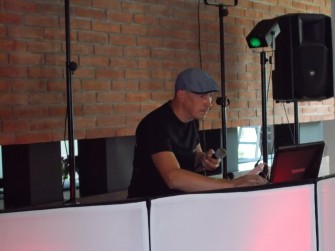 DJ ROCK POZNA�