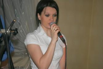Wokalistka Paulina... Nowa Sarzyna
