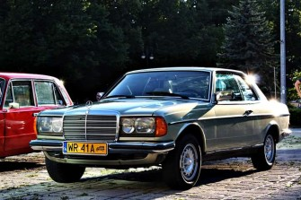 BMW 7 F01 / BMW X 5 /MERCEDES 123 COUPE Radom