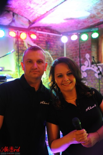 """Zespół Muzyczny """"AKORD"""" DJ z Wokalistką Dekoracja światłem Piła"""