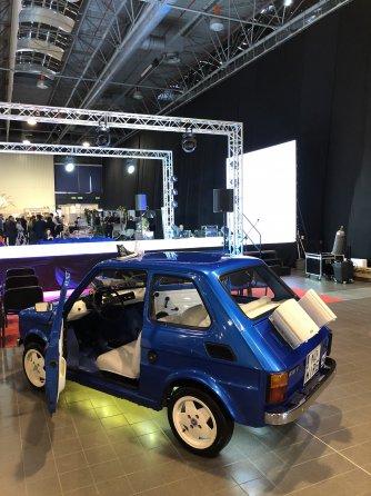 Maluch z profesjonalnycm Car Hi-Fi Warszawa