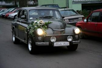Trzy Eleganckie Warszawy Do Ślubu i STAR 25 Limuzyna Nowe Skalmierzyce