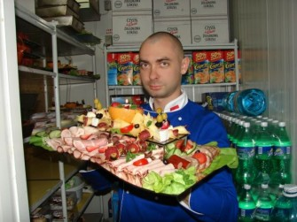 "Kulinaria weselne ""ABSURD"" Czelad�"