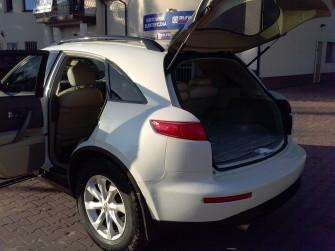 Wynajmę auto z kierowcą Infiniti Fx35 biała perła Warszawa