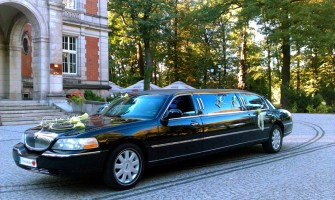 Limuzyna Lincoln Town Car Podegrodzie