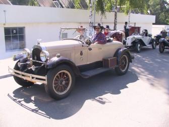Chrysler 1924r. Przewozi 4 osoby. Otwock