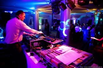 DJ na wesle wodzirej impreza firmowa karaoke Bielsko-Bia�a