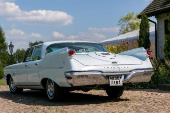 Zabytkowy ameryka�ski samoch�d do �lubu Chrysler Iperial 1960r �uk�w