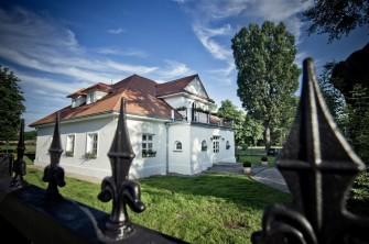 Akacjowy Dwór Kraków