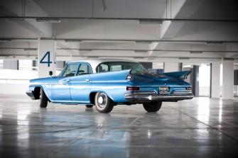 Chrysler Newport skrzydła Rzeszów