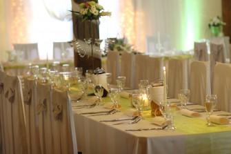Austeria- wybierz styl, elegancj� i smak po��czony z rozs�dn� cen�. Ostr�da