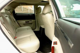 wnętrze Chryslera 300c Podegrodzie