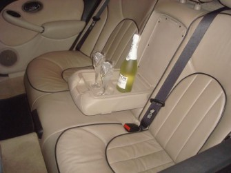 Wnętrze i szampan :) Rover 75. Mińsk Mazowiecki