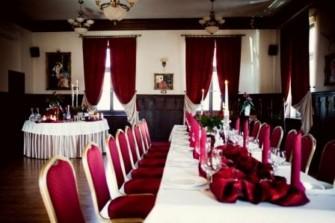 Sala Dąbrówka - stoły Jastrzębie-Zdrój
