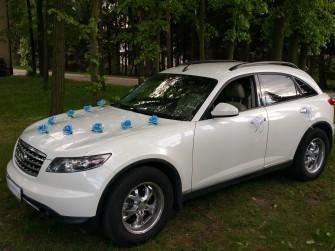Wynajm� auto z kierowc� Infiniti Fx35 bia�a per�a Warszawa
