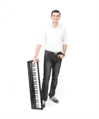 Łukasz - klawisze, akordeon Rybnik