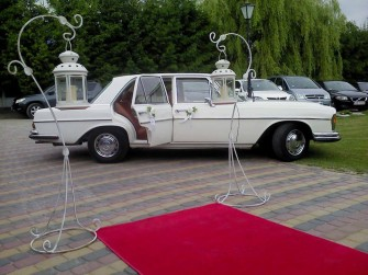 Zabytkowy mercedes do ślubu, auto do ślubu lubelskie, kwiaty na ślub Zamość
