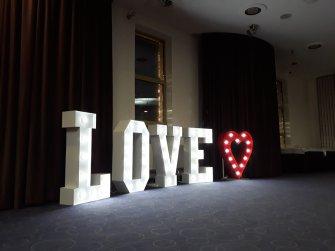Love + serce czerwone wys 120 cm Bielsk Podlaski