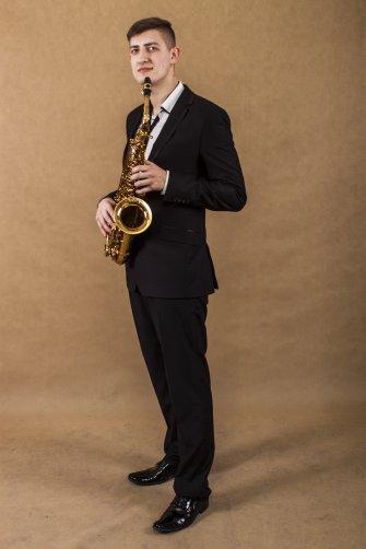 Dodatkową opcją jest saksofonista Łukasz ;) Sławno
