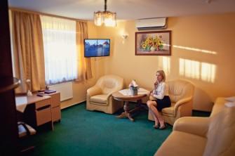 Apartament w Hotelu UNIBUS** Bielsk Podlaski