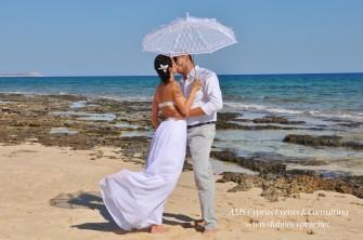 Sesja zdjęciowa na plaży Oroklini