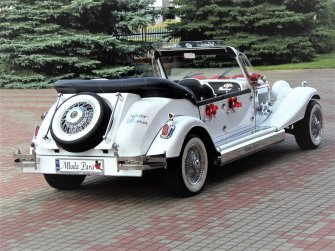 RETRO limuzyny ślubne Auta weselne Samochody ślubne Auto do ślubu Ciechanowiec