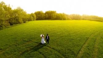 Ślub, wesele, czy sesja ślubna z powietrza mogą być bardzo romantyczne. Opole