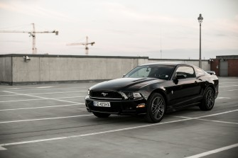 Czarny Mustang Poznań