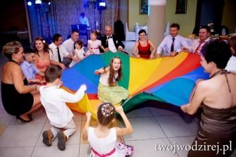 Twój Wodzirej - zabawy z chustą animacyjną na weselu Warszawa